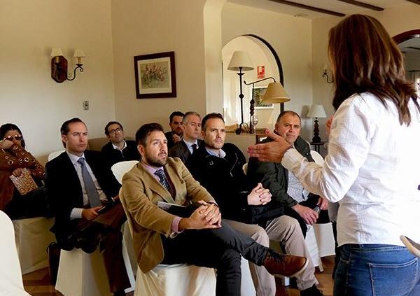 conferencia16marzo detectives Sevilla